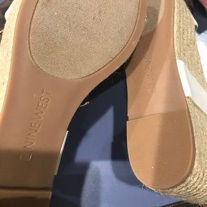 Nine West Shoes - Nine West off white platform sandals size 6